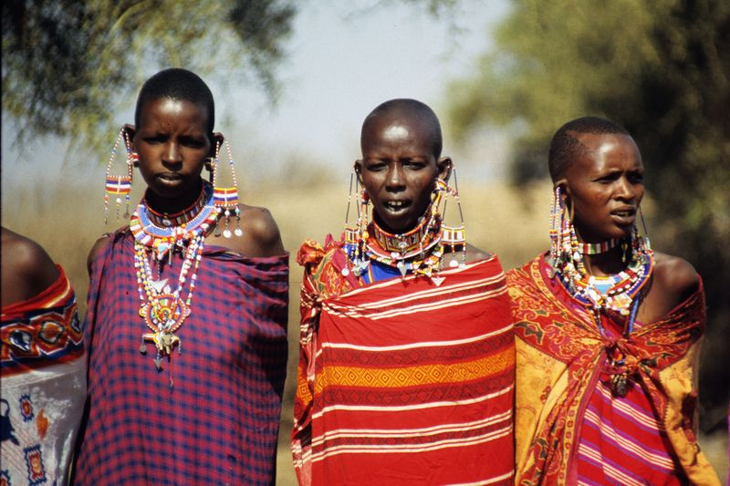 Masai ladies copie